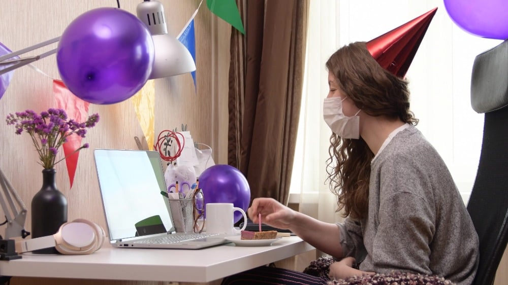 tips for throwing a virtual birthday party